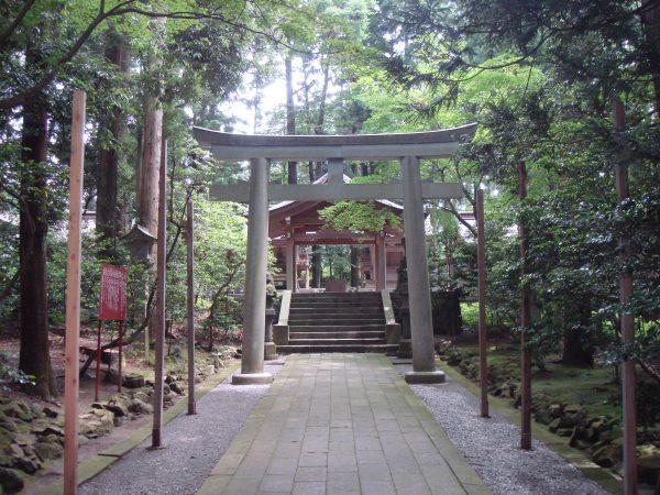 yahiko-shrine-keidaisha02