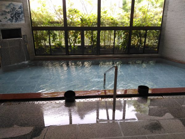 oishi-camp-park-dam-hotsprings06