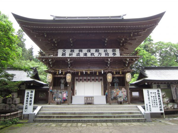 isasumi-shrine-2012-04