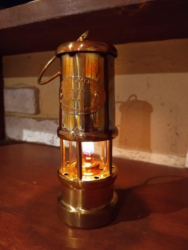 miners-lamp08