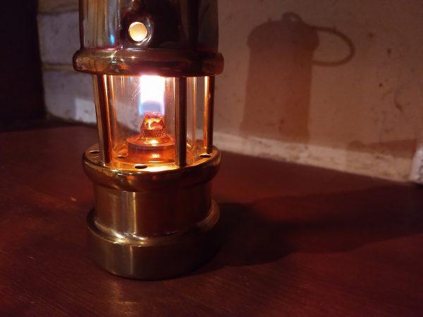 miners-lamp09