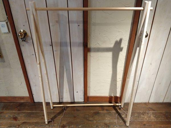 hanger-stand (17)