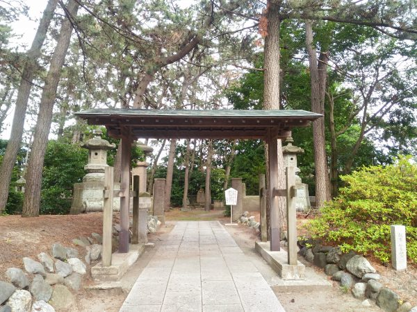 gokoku-shrine (9)